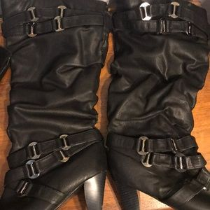 Shoes - Black high heel slouchy boots size 10